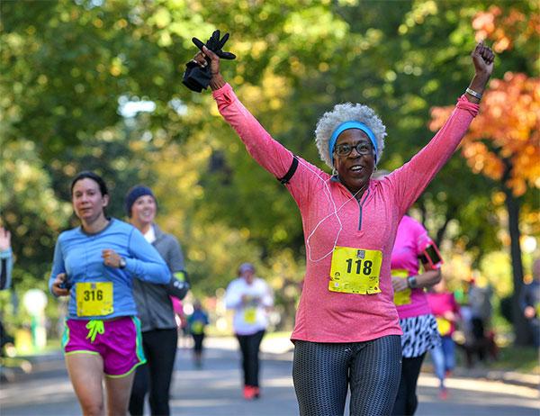 CRCwomanrunning